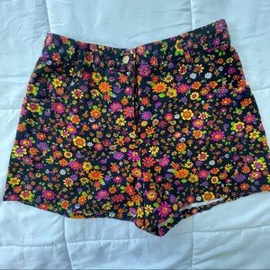 Floral Shorts 70s inspired size 13/14